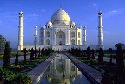 TajMahal | Top 10 Tourist Destinations in India