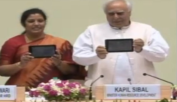 Kapil Sibal Aakash Tablet