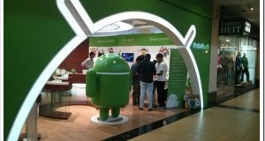 Androidland In India - First Hand User Review [Photos]