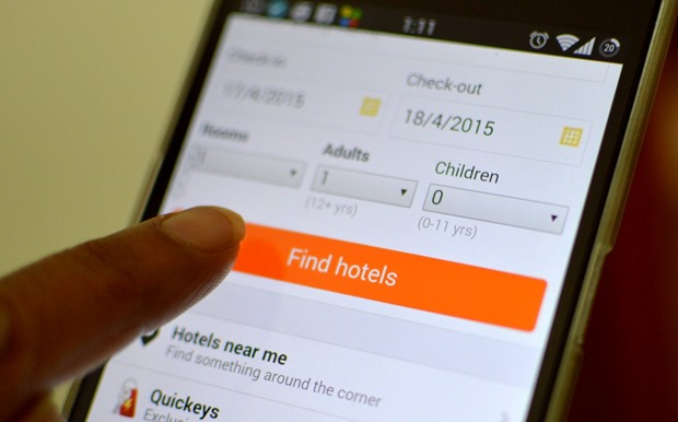 Women Online Hotel Bookings Research
