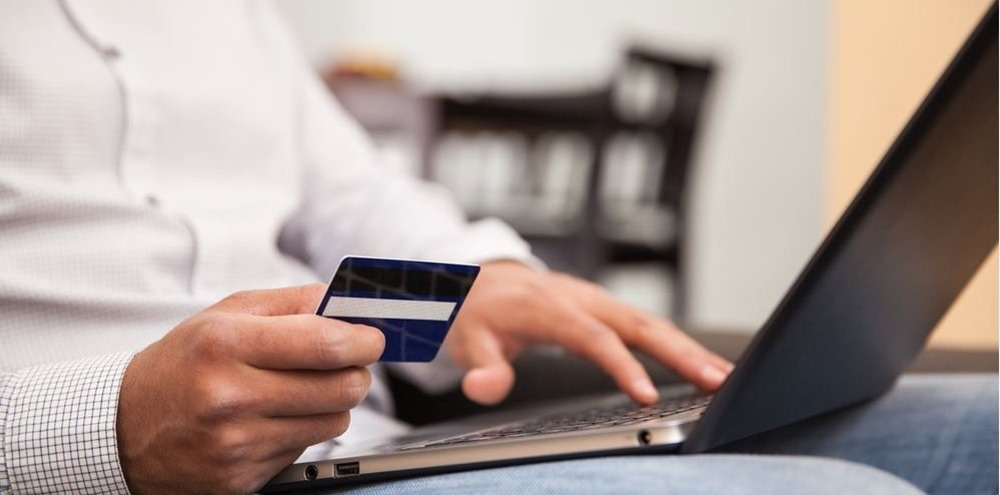 Online Shopping Debit Credit Card usage