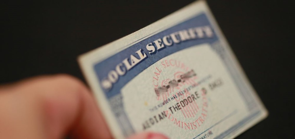 DeitY To Develop India's 1st Social Security Platform; But Is It Really Needed After Aadhaar Card?