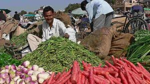 Farmers in Maharashtra Go Online to Sell Their Produce as APMC Stands Banned in Trading