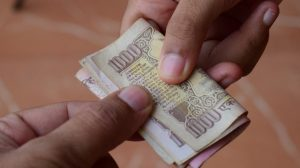 Govt. May Soon Ban All Cash Transactions Above Rs 3 Lakh; Masterstroke To Stop Black Money?