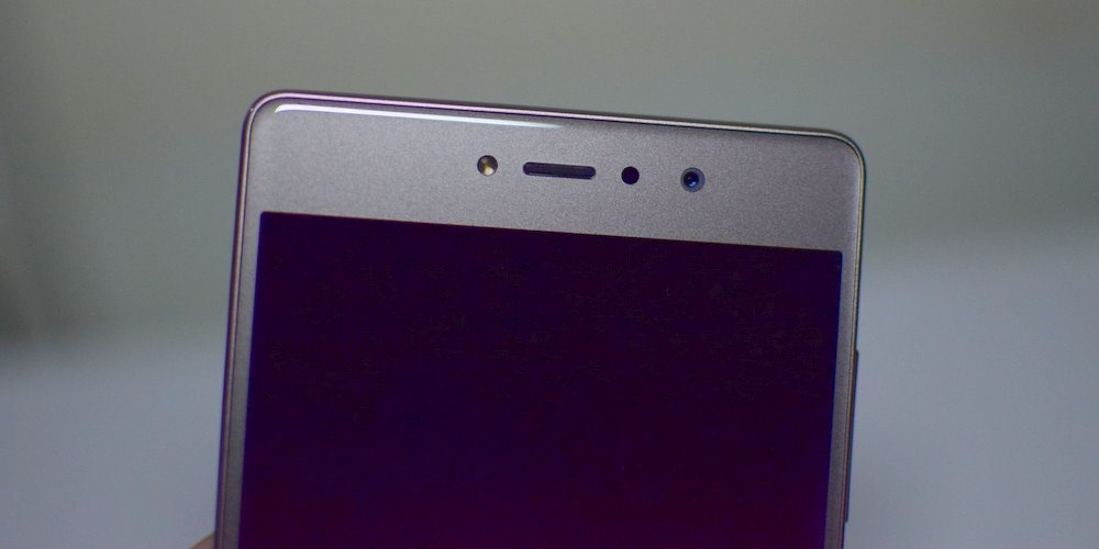 Gionee S6s Front Dual LED Flash