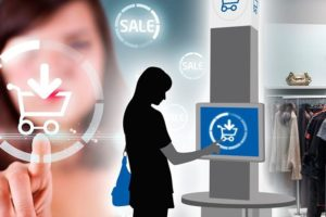 How Retail Technology is Bridging the Gap between In-Store vs. Online Shopping