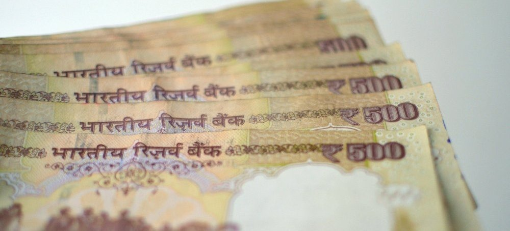 With $69 Billion, India Beats China In Receiving Remittances; Gulf Immigrants Account For 50% in 2015
