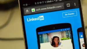 LinkedIn Signs MoU with HRD ministry, Makes it Easier for Students to Find Jobs