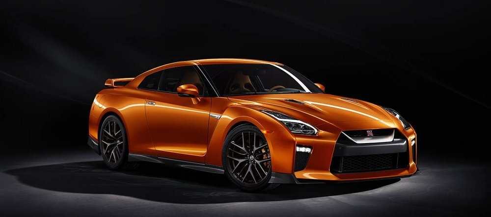 Nissan Launches its Iconic Supercar GT-R 'Godzilla' in India for Rs. 1.99 Crore!