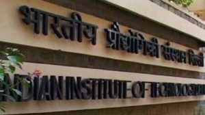 #BureDin For IITs? Rs. 1 Cr+ Pay Packages Vanish From IITs As Startups, MNCs Refrain From Spending For Freshers