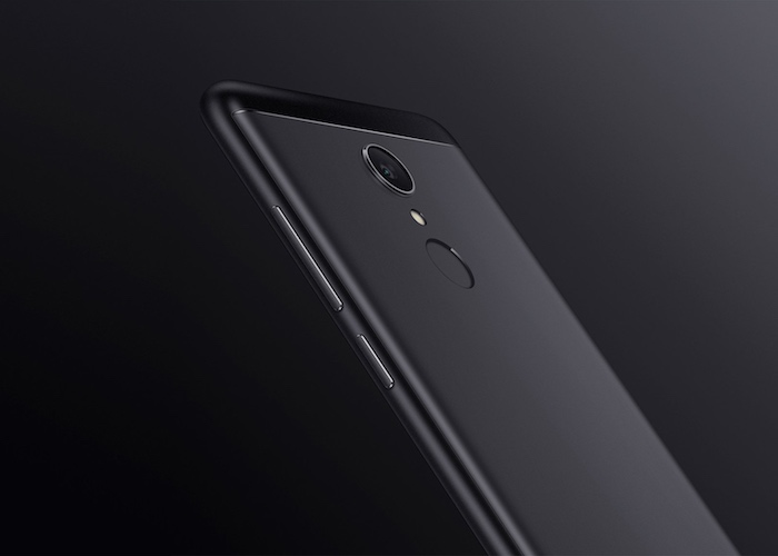 Redmi 5: Slim & Compact Form Factor
