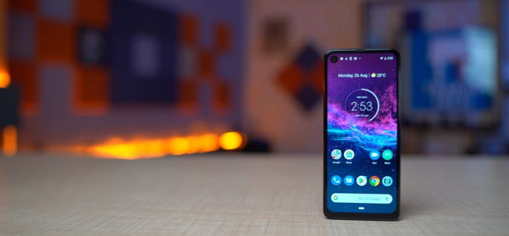 Motorola One Action: Unboxing and First Impressions