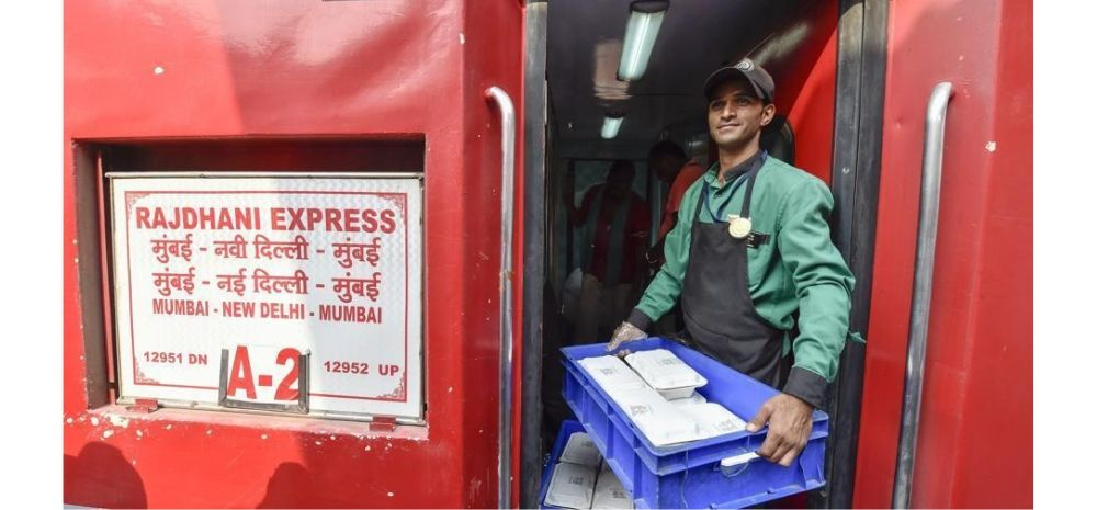 Railway Passengers Can Now Get Free Food Inside The Trains; But They Need To Do This..