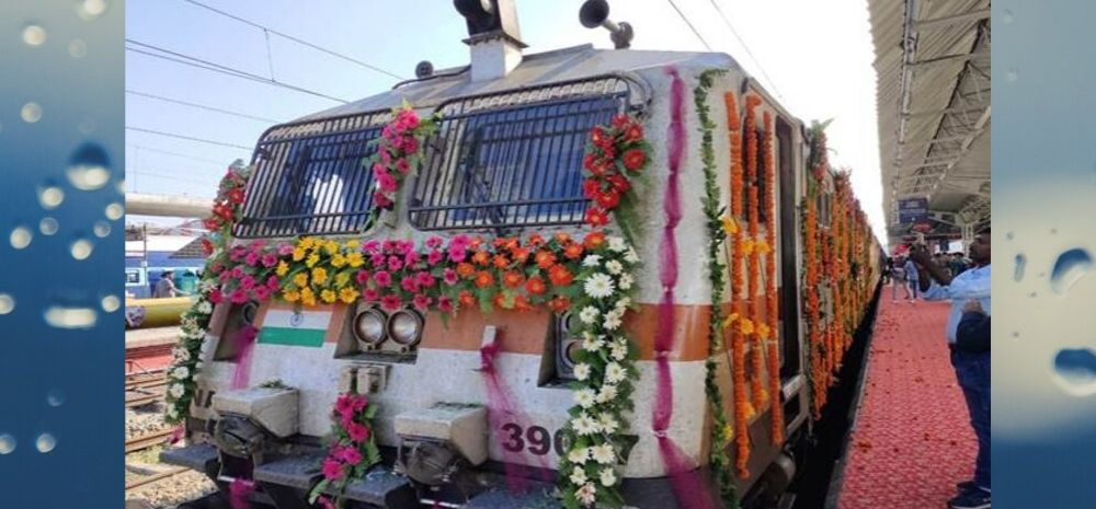 Tejas Express, India's 1st Non Indian Railways Train Flagged Off