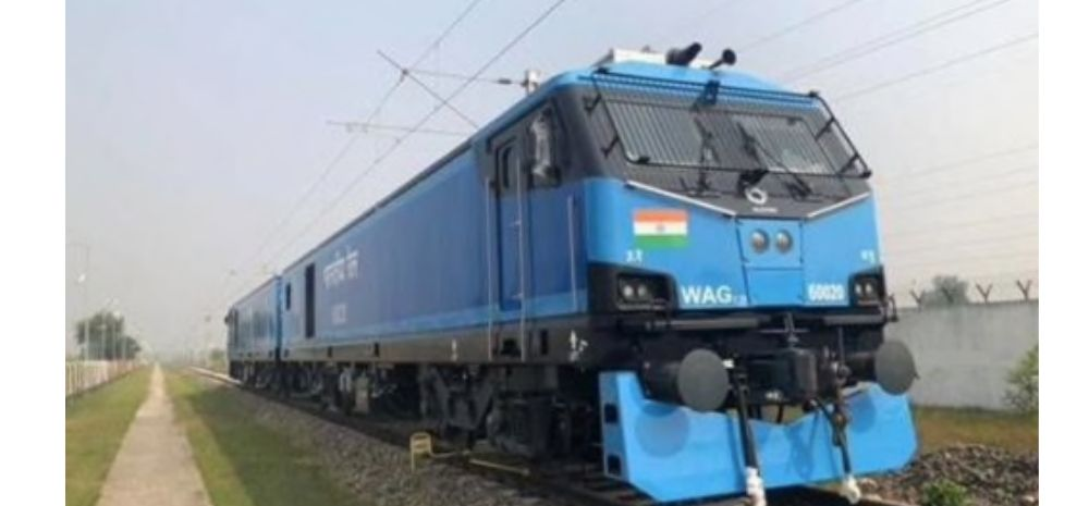Indian Railways' New  Electric Engine Will Create 10,000 Jobs; Can Haul 6000T Trains At 100 Kmph Speed!