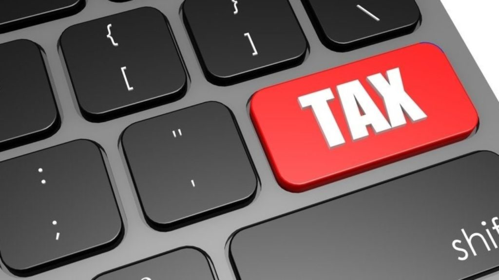 Income Tax Officers Ordered To Work From Home & Catch Tax Evaders; But Is This Ethically Correct?