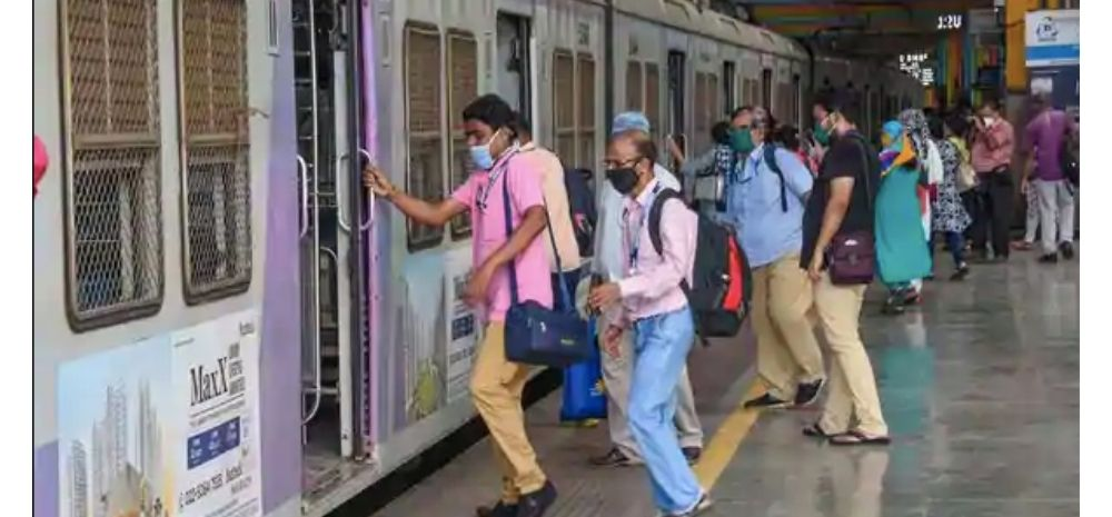 Mumbai Local Will Start Soon; Govt Proposes These Time Slots For Passengers