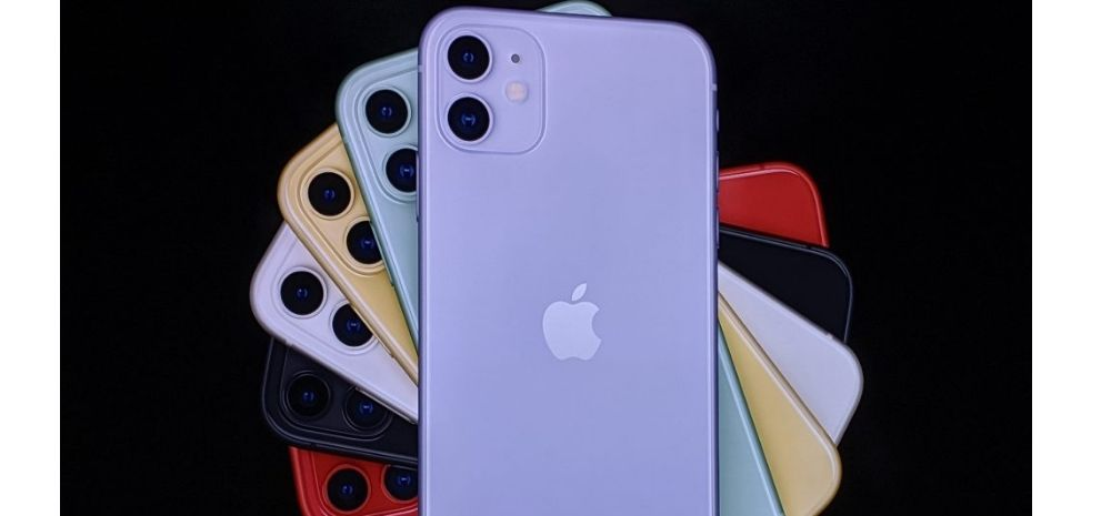 Apple Beats Samsung To Become World's Biggest Smartphone Brand; iPhone 12 Sales Continue To Soar