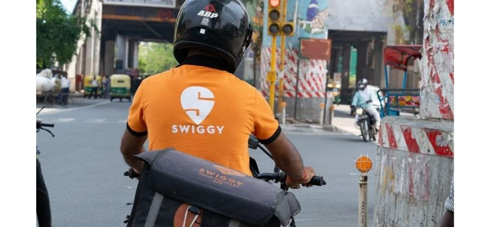Swiggy Delivery Man Beaten For Not Giving Free Food; Gets Rs 2 Lakh From Netizens