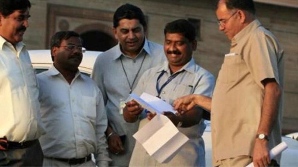 13 Lakh Employees Registered With Provident Fund Organization Will Get 8.5% Interest: How To Check Your PF Balance?