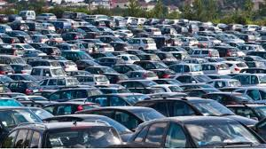 Govt Orders All Car Makers To Sell Biofuel Vehicles In 6 Months: End For Petrol/Diesel Cars?